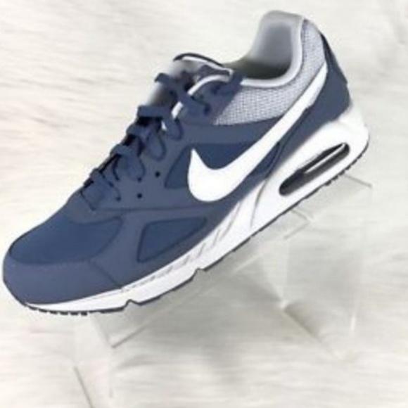 Nike Air Max IVO NWT